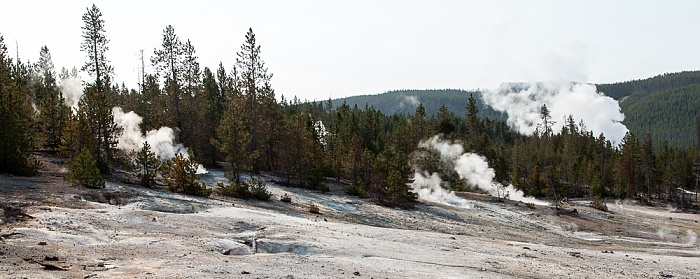 Yellowstone National Park Norris Geyser Basin: Back Basin - Dr. Allen's Paint Pots