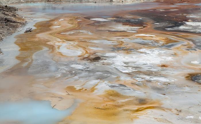 Norris Geyser Basin: Porcelain Basin - Porcelain Springs Yellowstone National Park