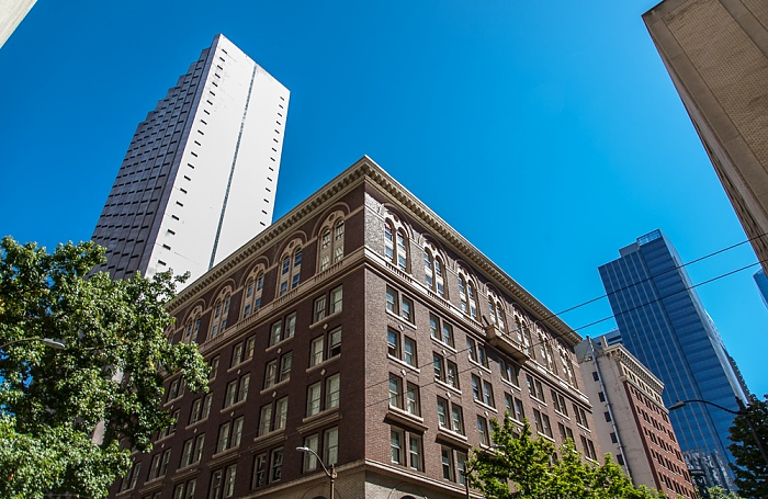Downtown Seattle: 5th Avenue / Seneca Street - YWCA Seattle | King | Snohomish Crowne Plaza Seattle Downtown