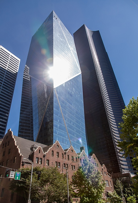 Downtown Seattle: 4th Avenue - F5 Tower 800 Fifth Avenue Columbia Center Rainier Club