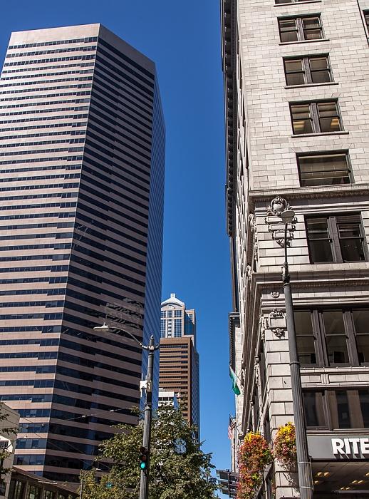 Downtown Seattle: 3rd Avenue - Wells Fargo Center (ehem. First Interstate Center) 1111 Third Avenue 1201 Third Avenue Central Building