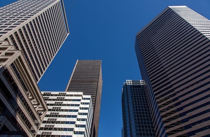 Downtown Seattle: Madison Street Seattle