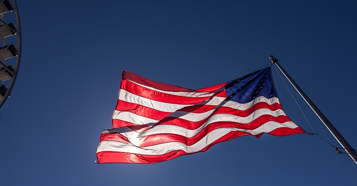 Central Waterfront: Pier 57 - Flagge der Vereinigten Staaten von Amerika Seattle