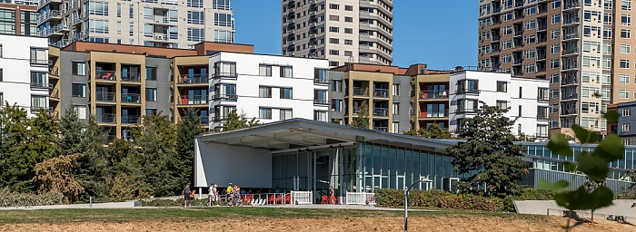 Central Waterfront: Seattle Art Museum (PACCAR Pavilion) Belltown