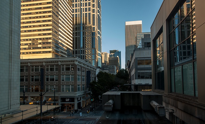 Seattle Center Monorail: Westlake Center Station Downtown Seattle
