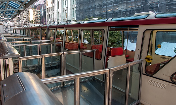 Seattle Center Monorail: Westlake Center Station