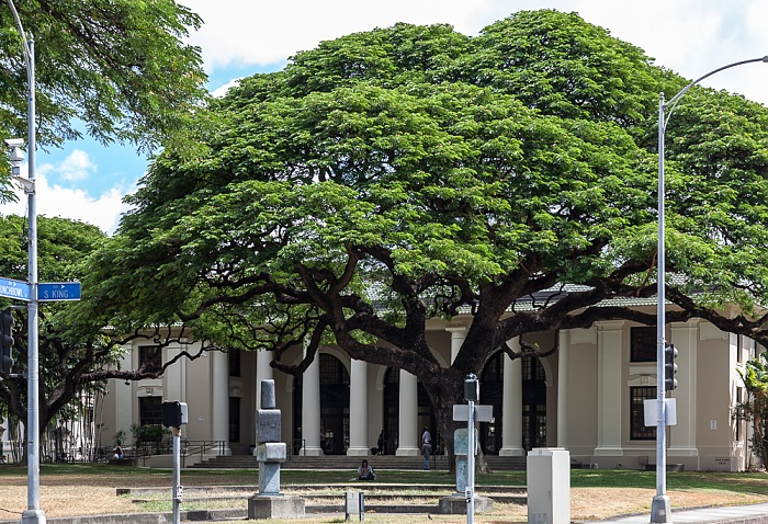 Downtown Honolulu: Hawaii Capital Historic District - Hawaii State Library