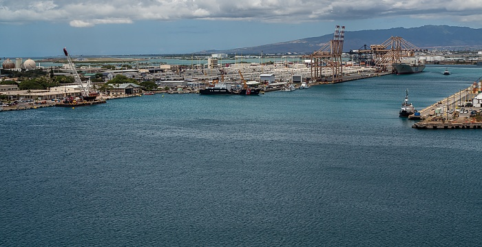 Blick vom Aloha Tower: Honolulu Harbor, Sand Island, Kapalama Basin Honolulu