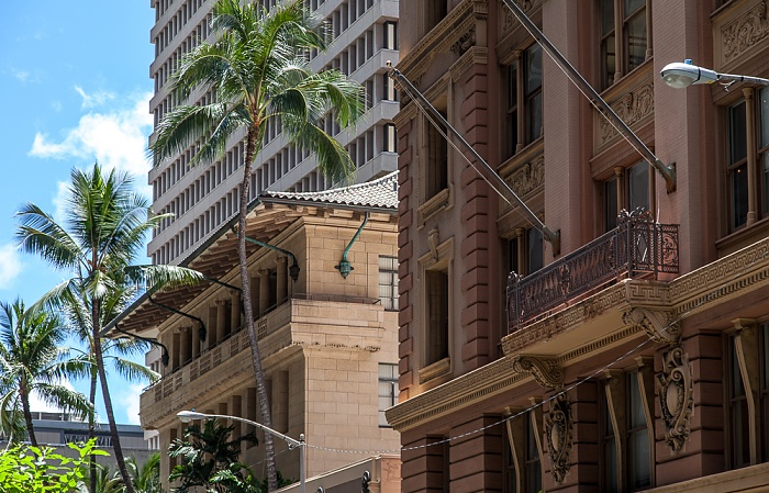 Downtown Honolulu: Fort Street Mall - Judd Building (rechts) und C. Brewer Building Topa Financial Center