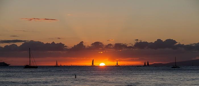 Blick von der Kapahulu Groin (Waikiki Wall): Pazifik Honolulu