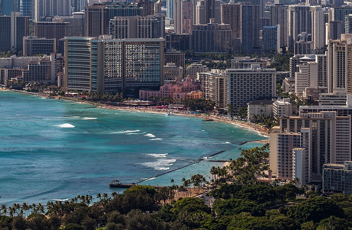 Honolulu Blick vom Diamond Head: Pazifik, Waikiki Beach und Waikiki Moana Hotel Moana Surfrider Hotel Outrigger Waikiki on the Beach Royal Hawaiian Hotel Sheraton Waikiki