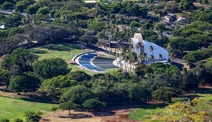 Honolulu Blick vom Diamond Head: Queen Kapiolani Regional Park mit Waikiki Shell