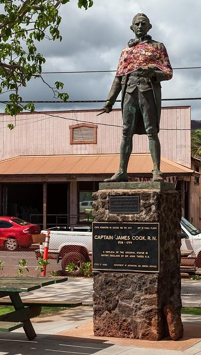 Waimea Captain James Cook Statue