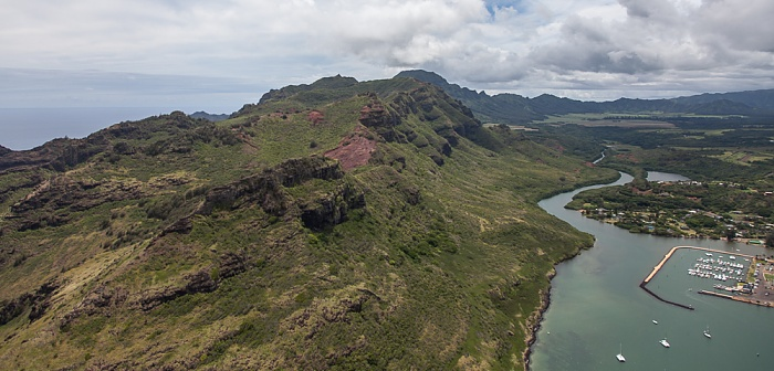 Kauai Blick aus dem Hubschrauber: Hoary Head Ridge Huleia Stream Nawiliwili Bay Nawiliwili Harbor Luftbild aerial photo