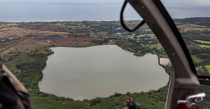 Blick aus dem Hubschrauber: Waita Reservoir Kauai