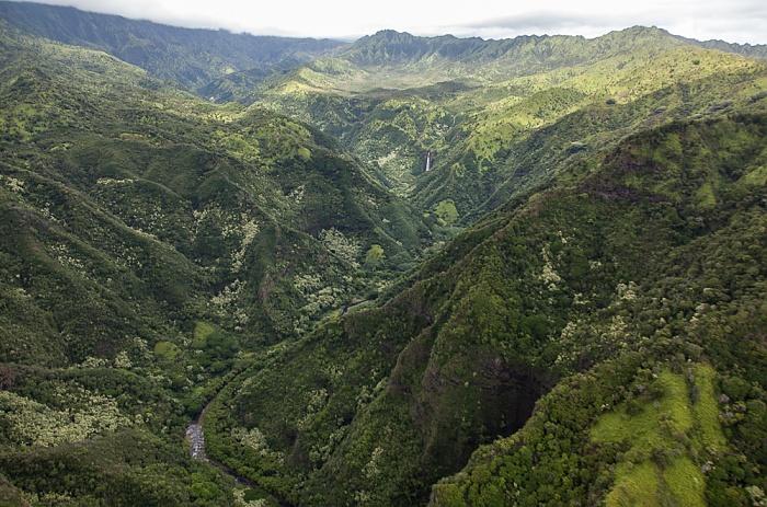 Blick aus dem Hubschrauber: Koula River Kauai