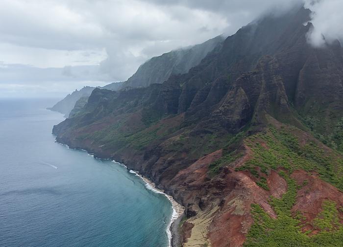 Kauai Blick aus dem Hubschrauber: Na Pali Coast Luftbild aerial photo