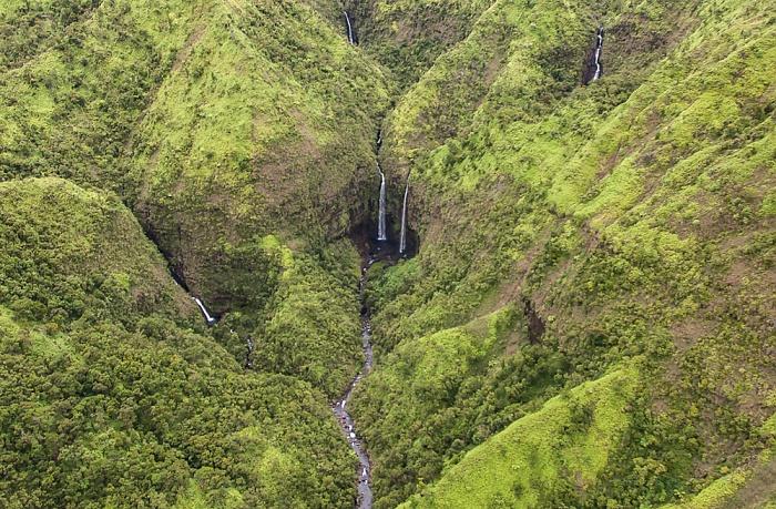 Kauai Blick aus dem Hubschrauber: Hanalei Valley Luftbild aerial photo