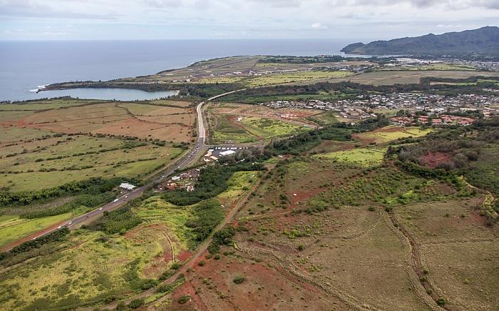 Kauai Blick aus dem Hubschrauber: Lihue mit Kuhio Highway Hanamaulu Bay Lihue Airport Nawiliwili Bay Luftbild aerial photo