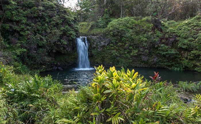 Maui Hana Highway: Pua'a Ka'a Falls