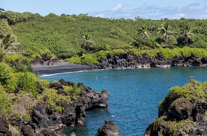 Waianapanapa State Park Keawaiki Bay (Pazifik): Black Sand Beach