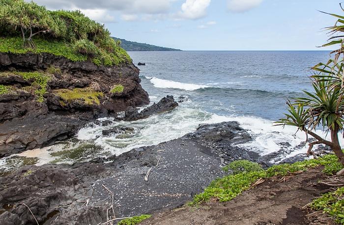Haleakala National Park Kipahulu Section: Seven Sacred Pools at Ohe'o, Pepeiaolepo Bay (Pazifik)