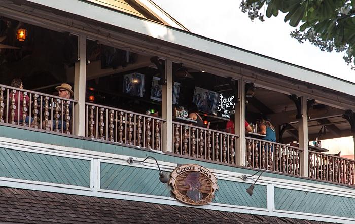 Lahaina Front Street: Captain Jack's Island Grill