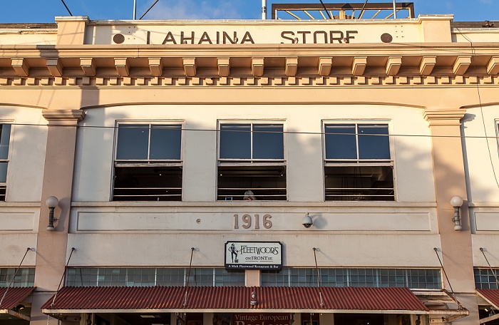 Front Street: Old Lahaina Store Building (Fleetwood's on Front Street)