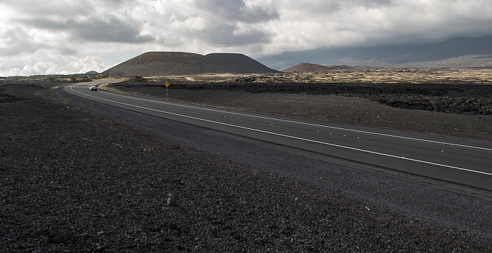 Saddle Road (State Route 200), Lavafelder des Mauna Loa Big Island