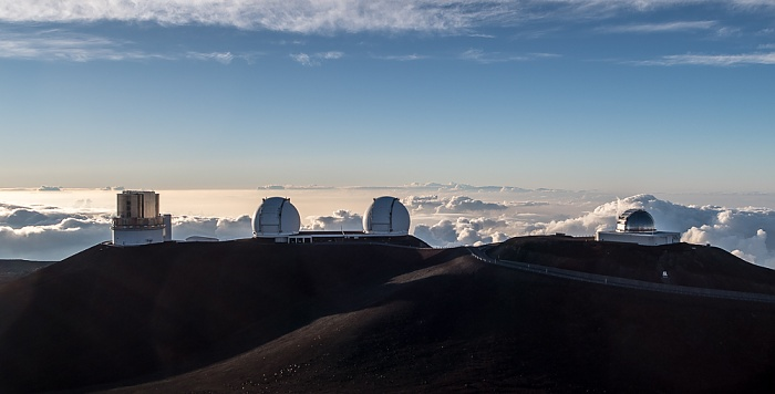 Mauna Kea Mauna-Kea-Observatorium (v.l.): Subaru-Teleskop, Keck-Observatorium (I und II), NASA Infrared Telescope Facility