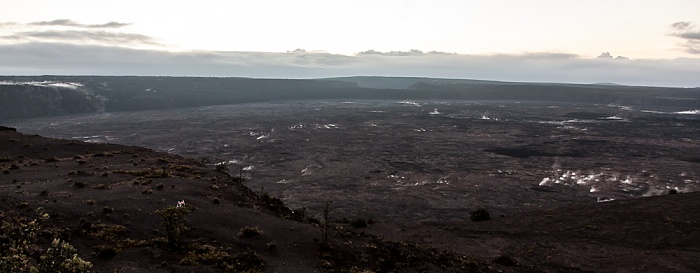 Hawaii Volcanoes National Park Blick vom Thomas A. Jaggar Museum Observation Deck: Kilauea Caldera