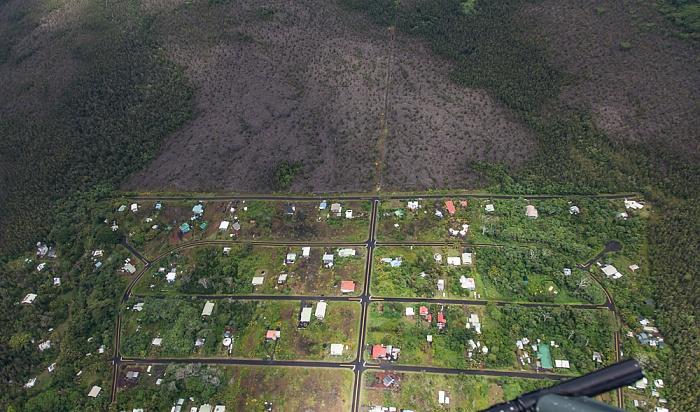 Big Island Blick aus dem Hubschrauber: Kalapana Sea View Estates Luftbild aerial photo