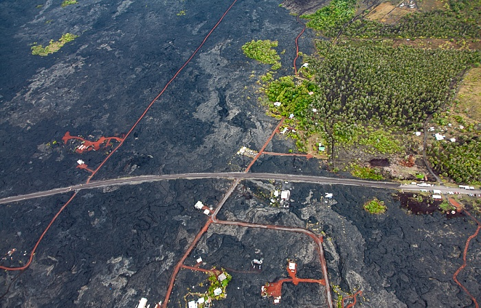 Big Island Blick aus dem Hubschrauber: Kalapana State Wayside Park - Kilauea-Lavafelder Luftbild aerial photo
