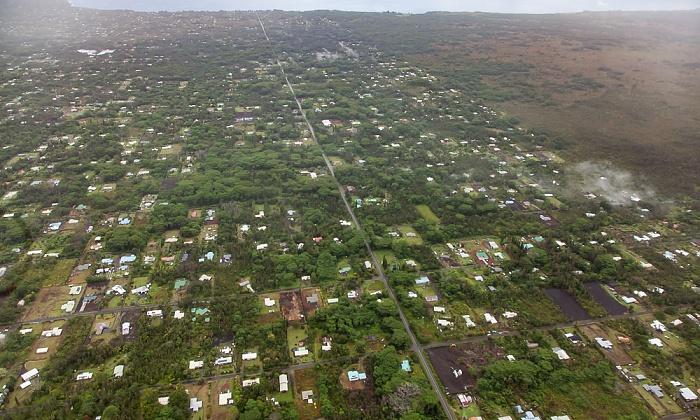 Big Island Blick aus dem Hubschrauber: Hawaiian Paradise Park Luftbild aerial photo