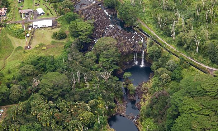 Big Island Blick aus dem Hubschrauber: Wailuku River Luftbild aerial photo