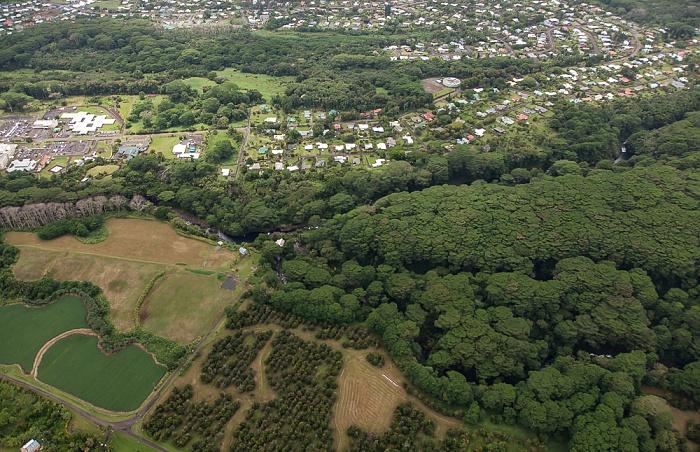 Big Island Blick aus dem Hubschrauber: Wailuku River, Hilo Luftbild aerial photo