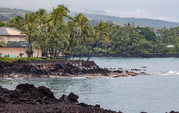 Kahaluu-Keauhou Pazifik: Heeia Bay (vorne), Keauhou Bay