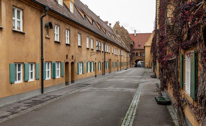 Augsburg Fuggerei: Herrengasse