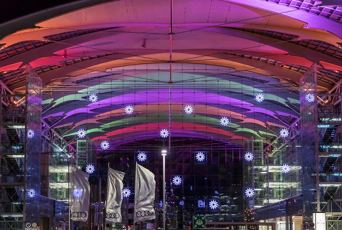 München Flughafen Franz Josef Strauß: Hilton Munich Airport - Glasatrium