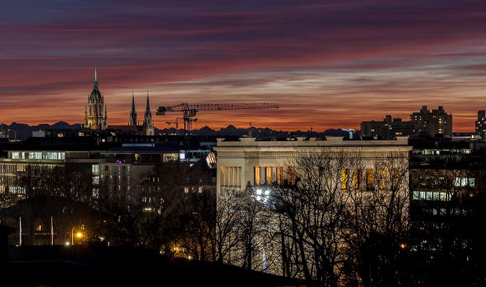 München Blick von der Technischen Universität (Arcisstraße): Propyläen St.-Pauls-Kirche Technische Universität