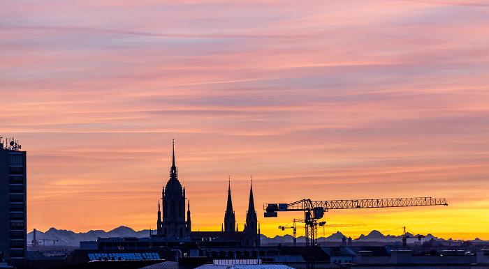 München Blick von der Technischen Universität (Arcisstraße): St.-Pauls-Kirche Technische Universität