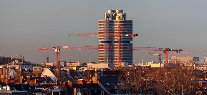 München Blick von der Technischen Universität (Arcisstraße): BMW-Hochhaus Technische Universität