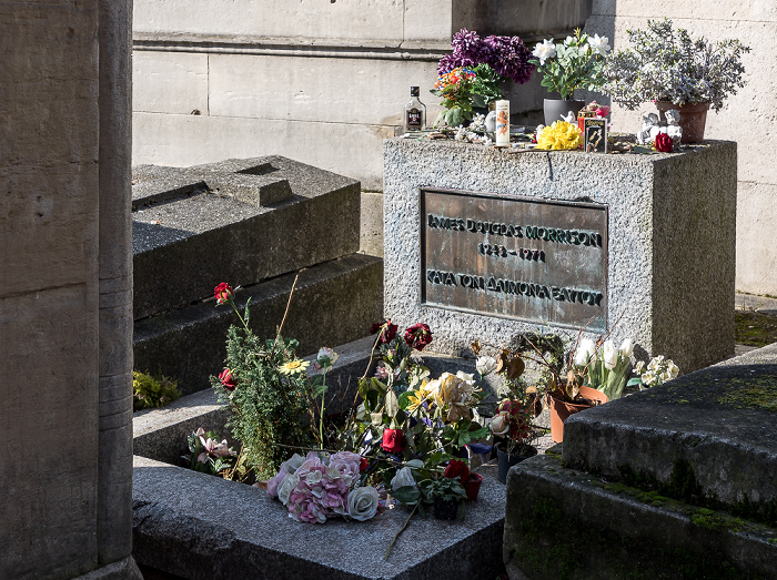 Cimetière du Père-Lachaise: Grab von Jim Morrison (1943-1971) Paris