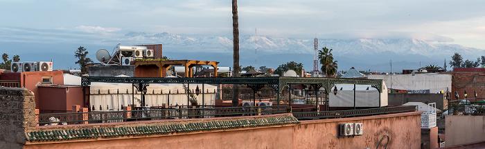Marrakesch Blick vom Grand Balcon du Café Glacier: Medina