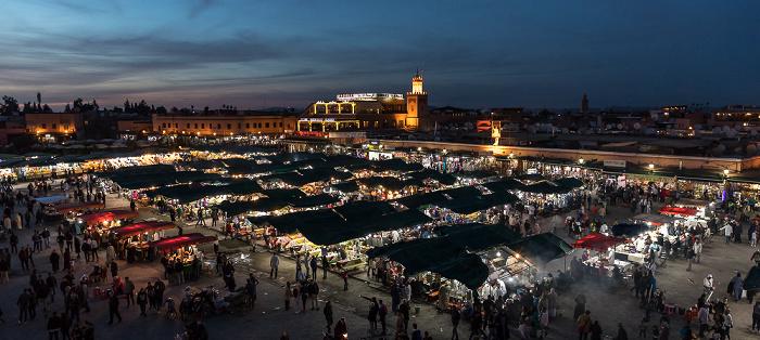 Marrakesch Blick vom Grand Balcon du Café Glacier: Medina mit dem Place Djemaa el Fna