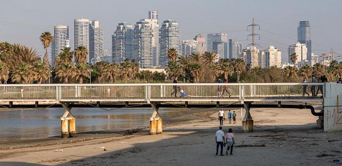 Tel Aviv Wauchope Bridge, Yarkon und Stadtzentrum