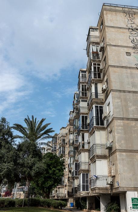 Tel Aviv Tchernikhovski Street