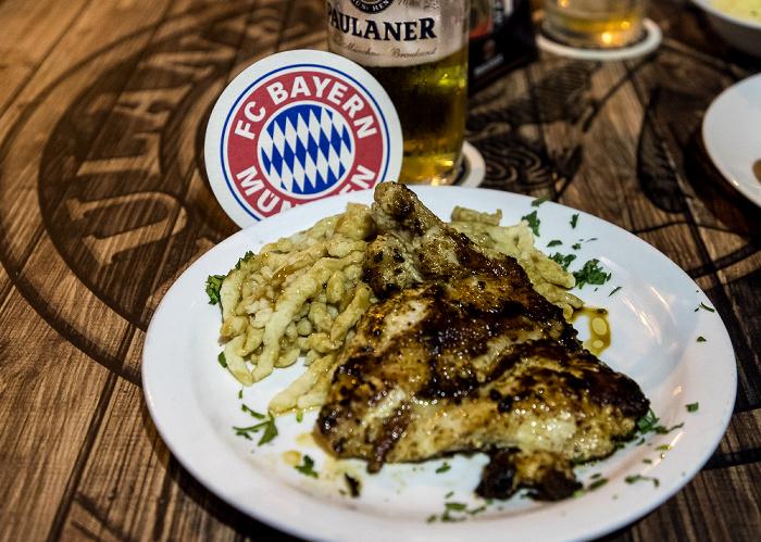 Tel Aviv Sirkin Street / Frishman Street: Bayern (Israel's first Bavarian brasserie)