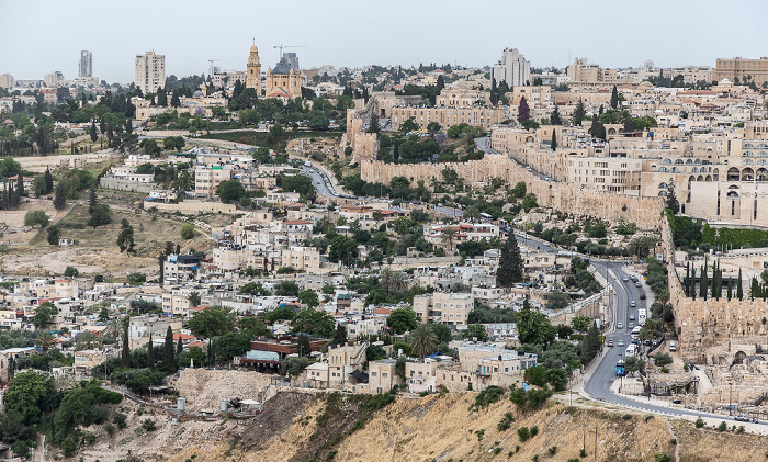 Blick vom Ölberg: Ma'ale HaShalom Street Jerusalem