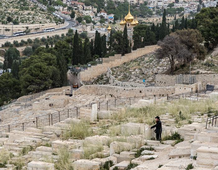 Jerusalem Blick vom Ölberg: Kidrontal - Jüdischer Friedhof Maria-Magdalena-Kirche